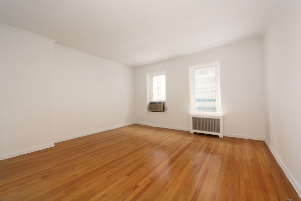 223 5B Living Room.3