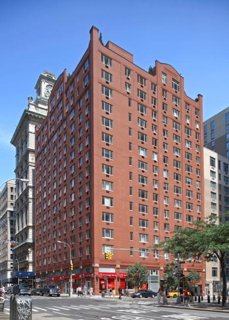 Saranac tribeca no fee luxury rentals manhattan skyline for No fee apartments nyc